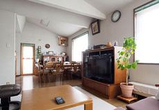 建てて30年後も快適さ変わらず<br>冬も裸足で過ごす健康的な家